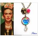 Frida Kahlo nyaklánc Cicás Macskás , Képzőművészet, Ékszer, Nyaklánc, Ugye milyen nagy a hasonlóság? Frida Kahlo ihlette nyakláncot készítettem, egy cica képében köszön v..., Meska