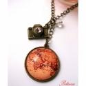 Utazás nyaklánc Vintage Térképes , Ékszer, Nyaklánc,  Az  utazás hangulata ihlette ezt a nyakláncot, amin egy vintage térkép szerepel. Egy fényképezőgép ..., Meska