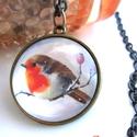 Vörösbegy madaras nyaklánc, Ékszer, Nyaklánc, Ékszerkészítés, Nagyon szeretem etetni a madarakat,  ha beköszönt a hidegebb idő, gyerekkoromban is mindig gondoltu..., Meska