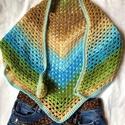 Zöldes kék  kendő  , Pamut fonalból horgolt batik kendő.  Pille könn...