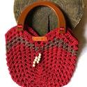 Makrame piros szatyor , Fényes macrame fonalból horgolt zigzag táska . ...