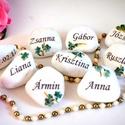 Esküvői ültető díszkővek, Esküvő, Dekoráció, Meghívó, ültetőkártya, köszönőajándék, Esküvői dekoráció, Egyedi díszkő, névvel akár logóval kérhető,ültetőnek egyben köszönetajándéknak is remek..., Meska