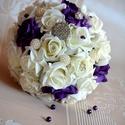 Csodaszép  lila-fehér Ékszercsokor, Esküvő, Esküvői csokor, Virágkötés, Lila-fehér habrózsás csokor, strasszal, gyönggyel díszített, szára szatén szalaggal és strasszkővel..., Meska