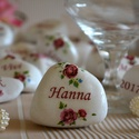 Esküvői ültető és köszönőajándék egyben díszkő!, Esküvő, Esküvői dekoráció, Meghívó, ültetőkártya, köszönőajándék, Hófehér Görögországból rendelt kövekre készül az ültetőkártya & köszönőajándékként betöltő díszkő. M..., Meska