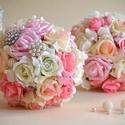 2 csokor - Esküvői és dobócsokor finom elegancia, Esküvő, Esküvői csokor, Esküvői ékszer, Virágkötés, Ez a pazar mégis finom eleganciát sugárzó fehér-puderrózsaszín-babarózsaszín gömb csokorral az eskü..., Meska