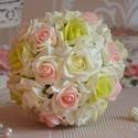 Glamoour csokor, Esküvő, Dekoráció, Esküvői csokor, Csokor, Virágkötés, Krémfehér és színátmenetes pisztáciazöld és színátmenetes rózsaszín habrózsákból készült az örök ék..., Meska