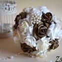 Natúr elegancia csokor, Esküvő, Dekoráció, Esküvői csokor, Csokor, Diszkrét pazar mégis finom eleganciát sugárzó fehér-mogyoróbarna habrózsa gömb csokorral az esküvőd ..., Meska