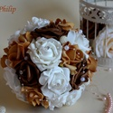 Elegáns klasszik Örök csokor, Esküvő, Esküvői csokor, Meghívó, ültetőkártya, köszönőajándék, Nászajándék, Virágkötés, Klasszikus elegáns hófehér, barna,karamell színekből készült az örök habrózsa csokor. Gyöngy füzér ..., Meska