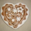 Nagy szív madaras, virágos, Dekoráció, Esküvő, Magyar motívumokkal, Nászajándék, Mézeskalácsból készült egyedi tervezésű szív dísztárgy. Kiváló ajándék minden alkalomra, a méz édess..., Meska