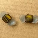 fülbe-méhecske, Kis méhecskés stift fülbevaló. A méhecskék ...