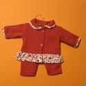 Játékbabaruha : Kabát + nadrág ( piros ), Baba-mama-gyerek, Játék, Gyerekszoba, Baba játék, Játékbabaruha, kabát + nadrág: pamut anyagból készült 50 cm-es babára. Patenttal záródik., Meska
