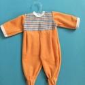 Játékbabaruha rugdalózó ( narancs ), Baba-mama-gyerek, Játék, Gyerekszoba, Baba játék, Játékbabaruha rugdalózó ( narancs ): 43-46 cm játékbabára, anyaga plüss, hátul tépőzárra..., Meska