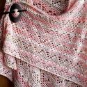 Horgolt kendő.....rózsaszìn álom !, Szép mintával  horgolt kendő pamut+akril fonál...