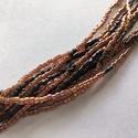 Sötét mályva-barna, többsoros gyöngy karkötő