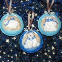 Karácsonyi jegesmacis filc díszek!, Dekoráció, Ünnepi dekoráció, Karácsonyi, adventi apróságok, Karácsonyfadísz, Varrás, Szeretettel köszöntelek!  Filcből jegesmaci mintás díszeket készítettem! Szalaggal és csillag alakú..., Meska