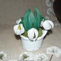 Kis kosár hóvirág - harisnyavirág, Dekoráció, Otthon, lakberendezés, Dísz, Asztaldísz, Szeretettel köszöntelek!  Harisnyából készült hóvirág! Teljes magassága: 14 cm. Tartós, egyedi ajánd..., Meska