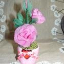 Rózsaszín rózsa szivecskés kaspóban - harisnyavirág, Dekoráció, Otthon, lakberendezés, Szerelmeseknek, Asztaldísz, Szeretettel köszöntelek!  Harisnyából készült rózsa kedves szívecskés kaspóban! Teljes magassága: 20..., Meska