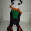 Vince panda maci, öltöztethető, Baba-mama-gyerek, Játék, Játékfigura, Plüssállat, rongyjáték, Egyedi, kézzel és géppel varrt panda. Igazi hurcolhatós, játszó és alvótárs. Arca rávarrt, hímzett. ..., Meska