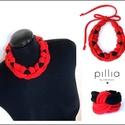 Piros-fekete textilékszer szett , Ékszer, óra, Ékszerszett, Ékszerkészítés, Újrahasznosított alapanyagból készült termékek, Újrahasznosítható, rugalmas textilből készült a szett klasszikus fekete-piros színösszeállításban. ..., Meska