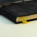 Elemér - notesz, napló, emlékkönyv - fekete velúr bőr 16x16 cm , Naptár, képeslap, album, Jegyzetfüzet, napló, Könyvkötés, Papírművészet, Valódi velúr bőr borítású notesz, bőrgomb záródással, könyvjelzővel. A pöttyös előzékpapír különös ..., Meska