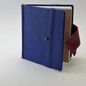 Raul - notesz, napló, emlékkönyv - kék bőr 16x16 cm , Naptár, képeslap, album, Jegyzetfüzet, napló, Valódi bőr borítású notesz, bőrgomb záródással, könyvjelzővel. A pöttyös előzékpapír különös kedvenc..., Meska