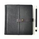 Dömjén - notesz, napló, emlékkönyv - fekete bőr 16x16 cm  - 362, Naptár, képeslap, album, Jegyzetfüzet, napló, Valódi bőr borítású notesz, bőrgomb záródással, könyvjelzővel. A pöttyös előzékpapír különös kedvenc..., Meska