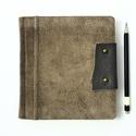 Urszula - notesz, napló, emlékkönyv - barna velúr bőr 16x16 cm  - 363, Valódi velúr bőr borítású notesz, bőrgomb z...