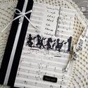 Zenész napló, Naptár, képeslap, album, Férfiaknak, Jegyzetfüzet, napló, Naptár, jegyzet, tok, Decoupage, transzfer és szalvétatechnika, Könyvkötés, Dekupázs technikával készült notesz, emlékkönyv, vagy napló. Mérete: 20.5 x 14,6 A kemény fedelű a ..., Meska