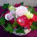 """""""Borostyán""""  virágdísz kaspóban, Dekoráció, Otthon, lakberendezés, Dísz, Asztaldísz, Virágkötés, Mindenmás, A fehér kerámia kaspóba tűzőhabot erősítettem, majd ebben helyeztem el a virágokat, az élethű boros..., Meska"""