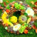 """""""Szőlőskert"""" őszi kopogtató (22 cm), Dekoráció, Otthon, lakberendezés, Dísz, Ajtódísz, kopogtató, Virágkötés, Őszi koszorút készítettem gazdagon díszítve  gyümölcsökkel és termésekkel.   A szalmakoszorú alapot..., Meska"""