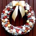 Ünnepváró ajtódísz nagy méret (29 cm), Dekoráció, Dísz, Ünnepi dekoráció, Karácsonyi, adventi apróságok, Virágkötés, Karácsonyváró kopogtatót készítettem termésekkel, díszgömbökkel, gyöngyökkel.  A szalmakoszorú alap..., Meska