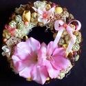 Tavaszi kopogtató rózsaszín (21 cm) KÉSZTERMÉK, Dekoráció, Otthon, lakberendezés, Dísz, Ajtódísz, kopogtató, Tavaszi kopogtatót készítettem, melyhez gyönyörű élethű kardvirág fejeket használtam fel.  A szalmak..., Meska