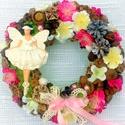 Balerinás kopogtató (22 cm) KÉSZTERMÉK, Dekoráció, Baba-mama-gyerek, Dísz, Gyerekszoba, Tavaszi kopogtatót készítettem balerinával, virágokkal, termésekkel, masnival.  A szalmakoszorú alap..., Meska
