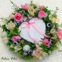 """""""Rózsakert"""" kopogtató nagy méret  (27 cm)  KÉSZTERMÉK, Esküvő, Dekoráció, Esküvői dekoráció, Dísz, Nyári kopogtatót készítettem nagy szívvel, pasztell színű rózsákkal, színezett termésekkel és sok-so..., Meska"""
