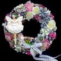 Kopogtató balerinával (22 cm) KÉSZTERMÉK, Dekoráció, Baba-mama-gyerek, Dísz, Gyerekszoba, Tavaszi kopogtatót készítettem balerinával, virágokkal, termésekkel, masnival.  A szalmakoszor..., Meska