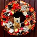 Mókusos almás gombás őszi kopogtató (26,5 cm) KÉSZTERMÉK, Dekoráció, Otthon, lakberendezés, Dísz, Ajtódísz, kopogtató, Virágkötés, Őszi kopogtatót készítettem plüss mókussal, termésekkel, tobozokkal, mahagony fa szeletekkel, dióva..., Meska