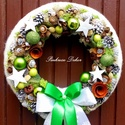 Ünnepváró kopogtató nagy méretű (27 cm) KÉSZTERMÉK, Dekoráció, Karácsonyi, adventi apróságok, Otthon, lakberendezés, Ünnepi dekoráció, Virágkötés, Mindenmás, Egyedi ünnepváró kopogtatót késztettem. A szalma alapot fehér textillel tekertem be, majd a külső p..., Meska