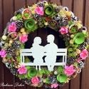 """""""Tavaszi romantika"""" kopogtató  (27 cm) KÉSZTERMÉK, Dekoráció, Otthon, lakberendezés, Dísz, Ajtódísz, kopogtató, Mindenmás, Virágkötés, Romantikus tavaszi kopogtató, akár Valentin napra, melyet  fa sziluettel, többféle zúzmóval, tobozo..., Meska"""
