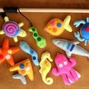 Mágneses filc horgászjáték, színes, 10 darabos készlet; Készségfejlesztő játék, Filc tengeri állatok, Játék, Készségfejlesztő játék, Játékfigura, Varrás, Mágneses, barkács filc horgász-szett a szivárvány színeiben. A figurák vatelinnel tömöttek, erős, e..., Meska