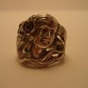 szecessziós ezüst gyűrű, Ékszer, Gyűrű, Rendelhető: 925-ös finomságú ezüstből készült mutatós gyűrű, antikolt szecessziós női fejet ábrázol,..., Meska
