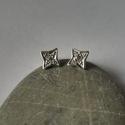 ezüst csillag fülbevaló, Ékszer, Fülbevaló, 925-ös finomságú ezüstből, 1,5mm-es cirkóniával készült fülbevaló. nagysága:6mm, Meska