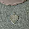 vésett szív medál   , 925-ös finomságú ezüstből készült 1,5cm-es ...