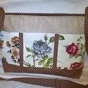 Egyedi ,cipzáras női táska,háromszínű rózsával, A táska erős bútorvászon,és pamutvászonból ...