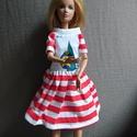 """Barbie ruha """"Heni"""", Baba-mama-gyerek, Baba-mama kellék, Gyerekszoba, Egyedi, varrott Barbie nyári ruha, piros fehér csíkos pamut anyagból, vitorla díszítéssel. Id..., Meska"""