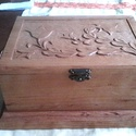 Pálinkás doboz, Férfiaknak, Otthon, lakberendezés, Sör, bor, pálinka, Legénylakás, Éger- vagy hársfából készül, kézi faragással ez a gyönyörű doboz. 6 db pohár tárolására alkalmas. Fe..., Meska