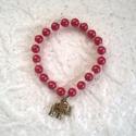 Piros gyöngyös karkötő, Ékszer, Ruha, divat, cipő, Karkötő, Műanyag gyöngyökből készítettem ezeket a karkötőket. Egyik piros, köztük fehér pici gyön..., Meska