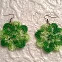 Fülbevaló, Ékszer, Ruha, divat, cipő, Fülbevaló, Nagyon szép zöld és rózsaszín Puppets perlé színátmenetes fonalból horgoltam ezeket a fülbevalókat. ..., Meska
