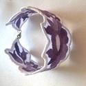 Lila hímzett karkötő, Nagyon szép színű lila színátmenetes perlé f...