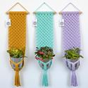 Makramé virágtartó - menta színű fali makramé virágtartó, Baba-mama-gyerek, Otthon, lakberendezés, Gyerekszoba, Kaspó, virágtartó, váza, korsó, cserép, Remek ajándék is lehet ez a menta színű, modern, letisztult stílusú virágtartó, melyet natúr bükkfa ..., Meska