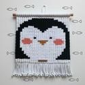 Pingu - Fali makramé pingvin, dekoráció gyerekszobába, állatos, csomózott falikép saját design alapján, Baba-mama-gyerek, Gyerekszoba, Baba falikép, Falvédő, takaró, Pingu - Fali makramé pingvin, dekoráció gyerekszobába, állatos, csomózott falikép saját design alapj..., Meska